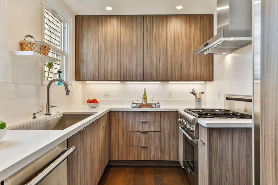 745 Lakeview Avenue Kitchen 2