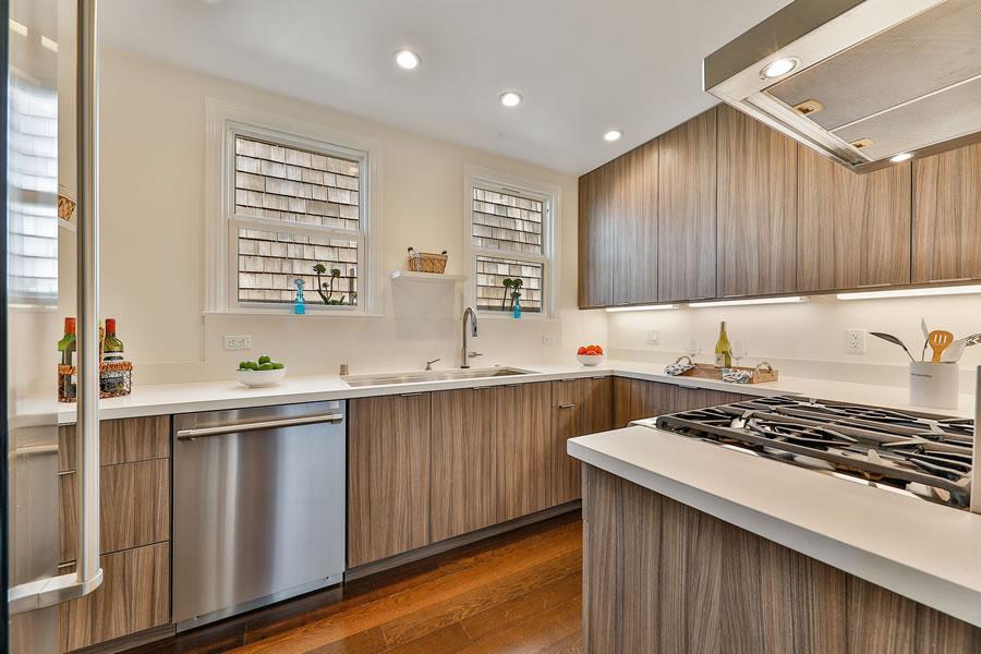 745 Lakeview Avenue Kitchen
