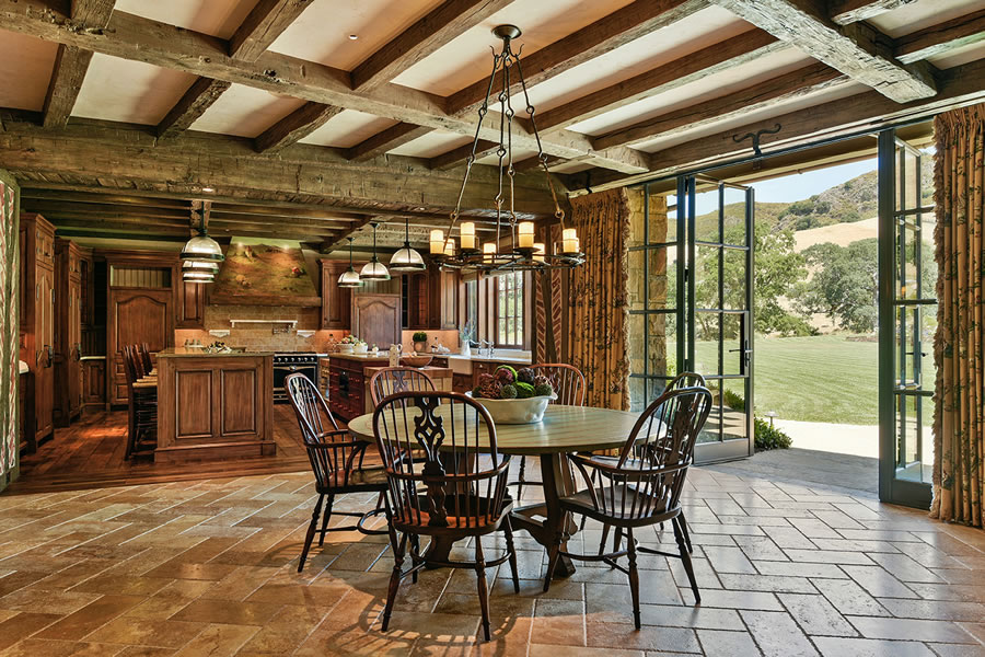 7 Country Oak Dining