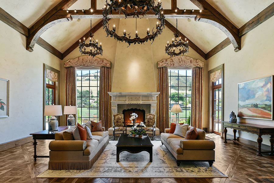 7 Country Oak Living