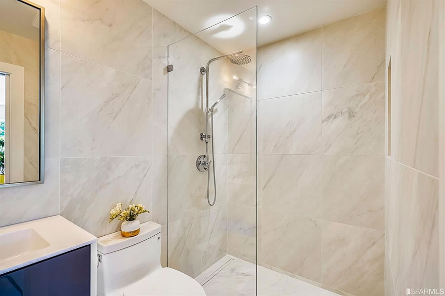 1119 Hollister Avenue 2019 - Bathroom