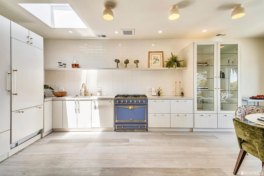 1119 Hollister Avenue 2019 - Kitchen