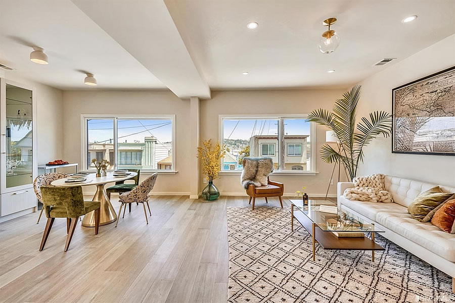 1119 Hollister Avenue 2019 - Living