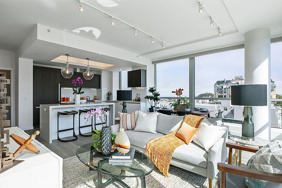 1501 Filbert Street #7C - Living