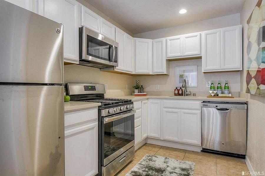 17 Laidley Street - Kitchen