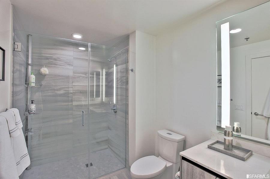 333 Beale #C8H - Bathroom
