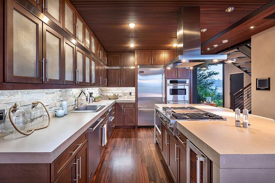 525 Bridgeway Ave 2019 - Kitchen