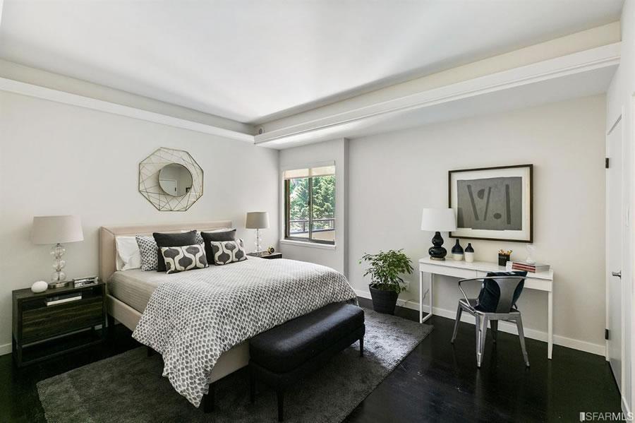101 Lombard #812W 2019 - Bedroom