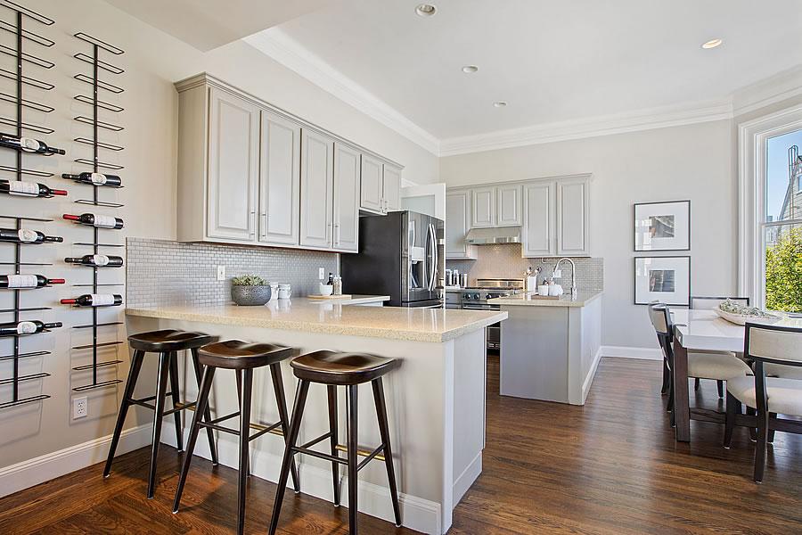 2243 Franklin 2019 - Kitchen