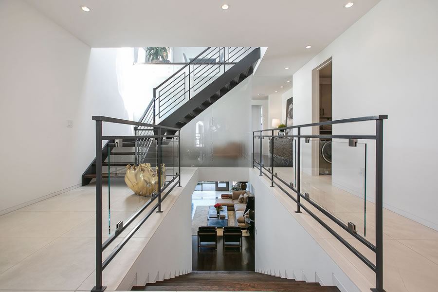 4085 20th Street - Stairs