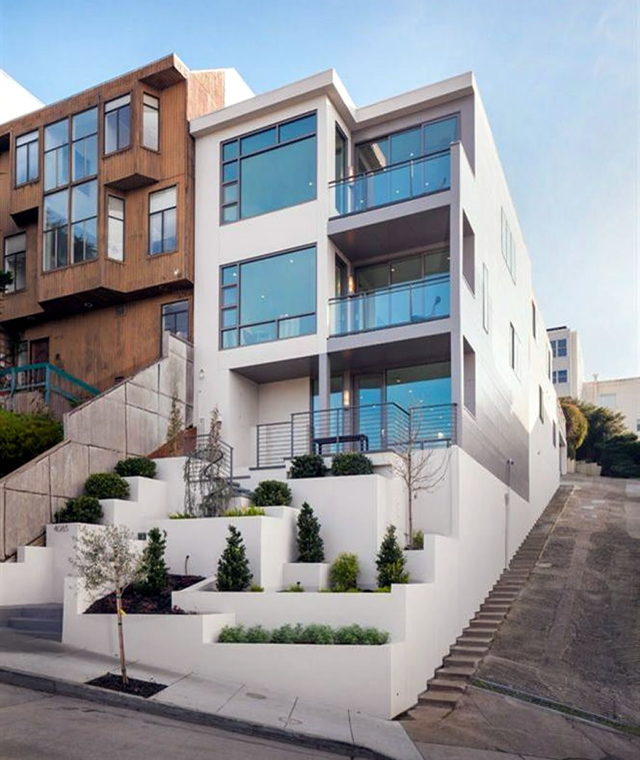 Dolores Heights View Home Drops Below its 2015 Price