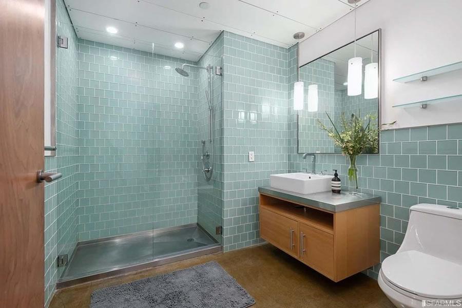 2 Mint Plaza #602 - Bath