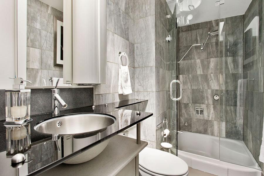 2820 Greenwich Street #3 - Master Bath