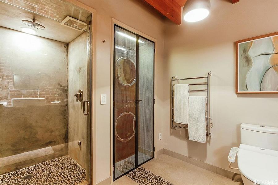 650 Delancey Street #216 - Lower Bath