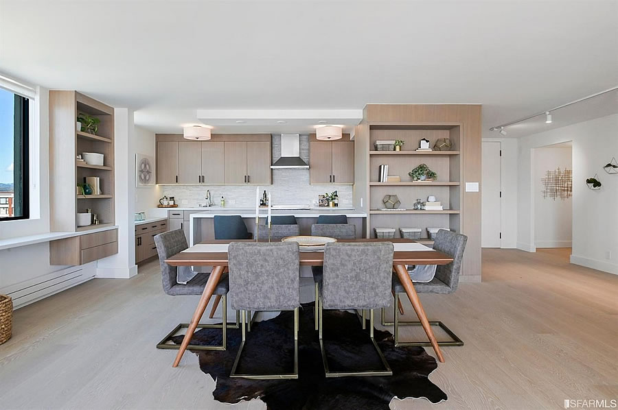 2200 Pacific Avenue - Dining