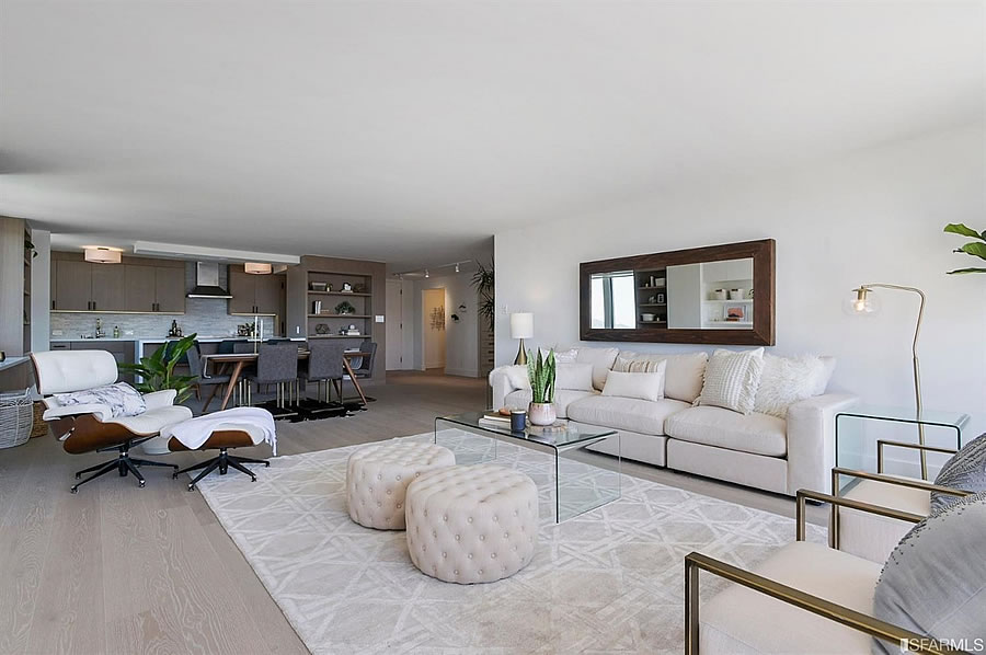 2200 Pacific Avenue - Living Reverse