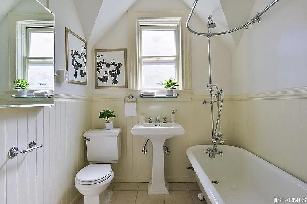 936 Noe Street - Bathroom