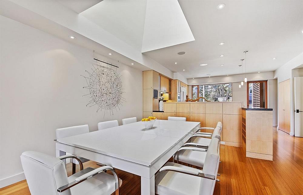 2837 Greenwich Street - Dining