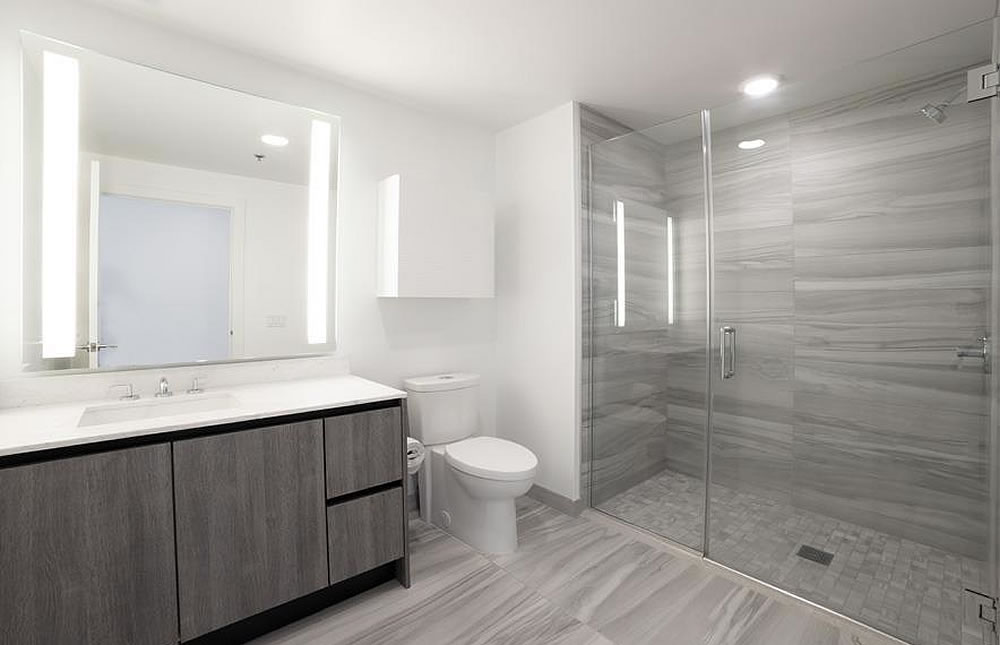 201 Folsom Street #16H - Bathroom