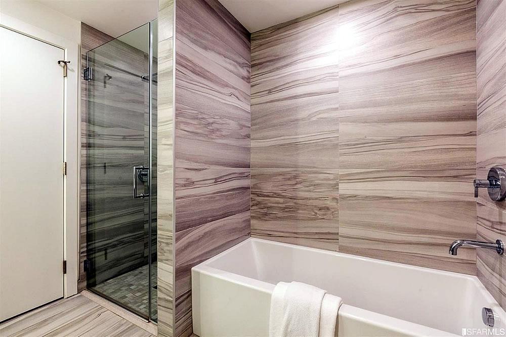 201 Folsom Street #6G - Bath