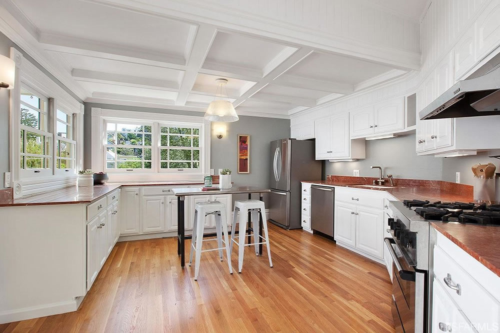 559 Douglass Street - Kitchen