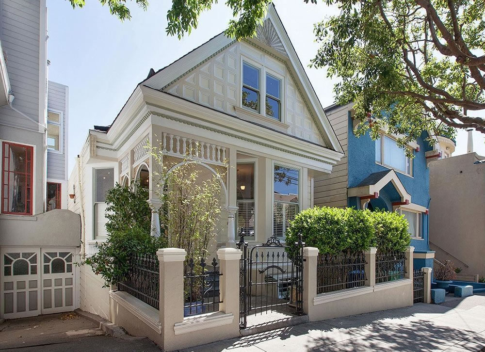 Upgraded Victorian Drops Below Its 2015 Price