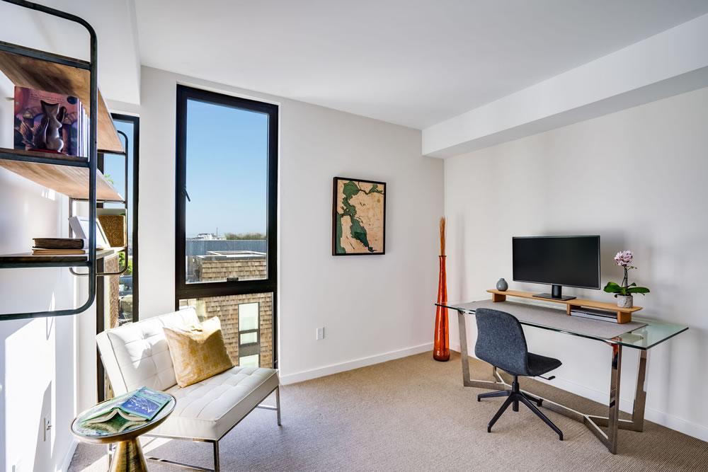 300 Ivey Street #502 - Office