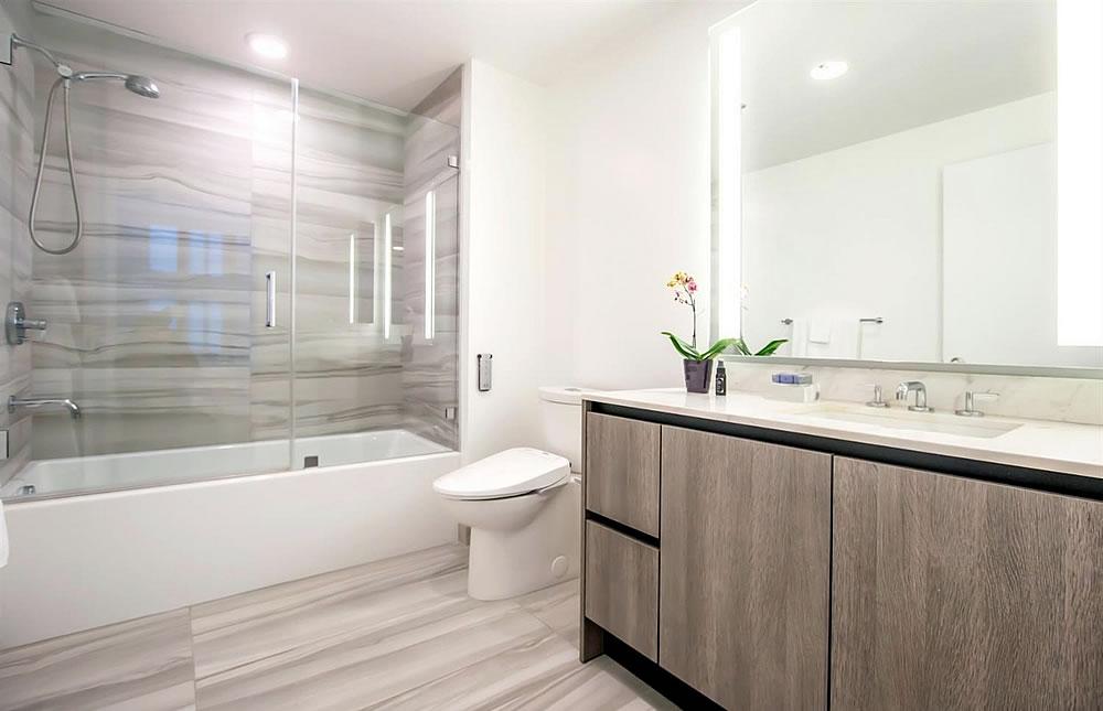 333 Beale Street #4C - Bathroom
