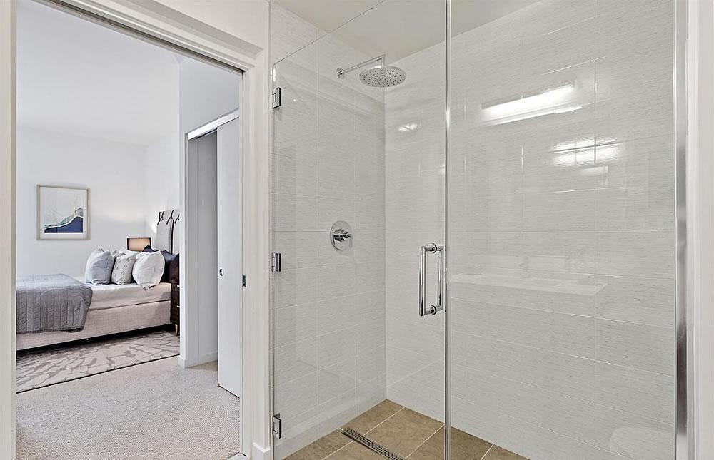 451 Donahue #216 - Shower