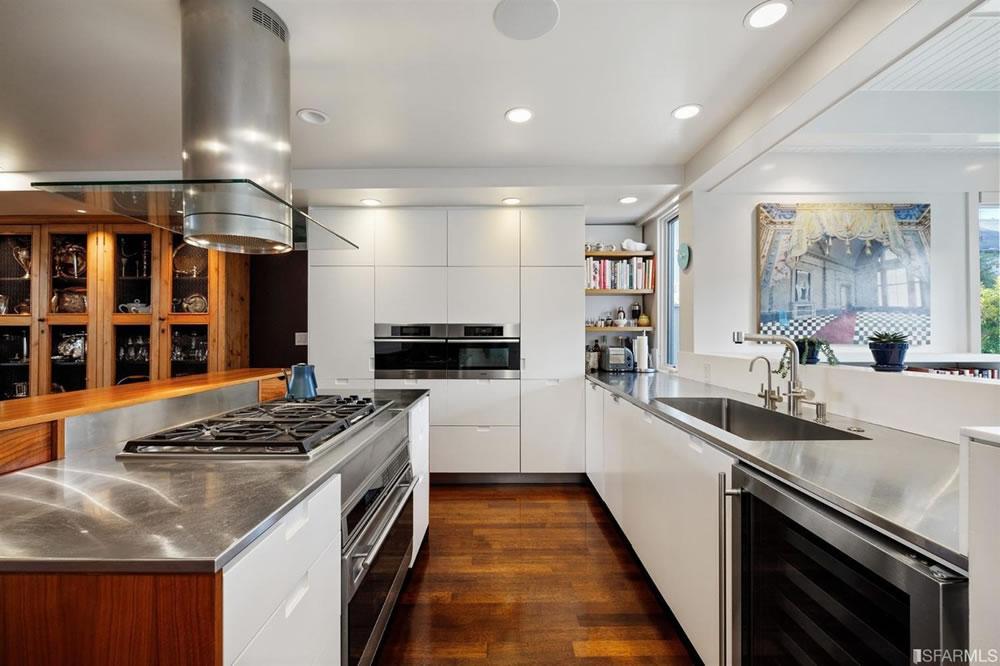 313 Duncan 2021 - Kitchen