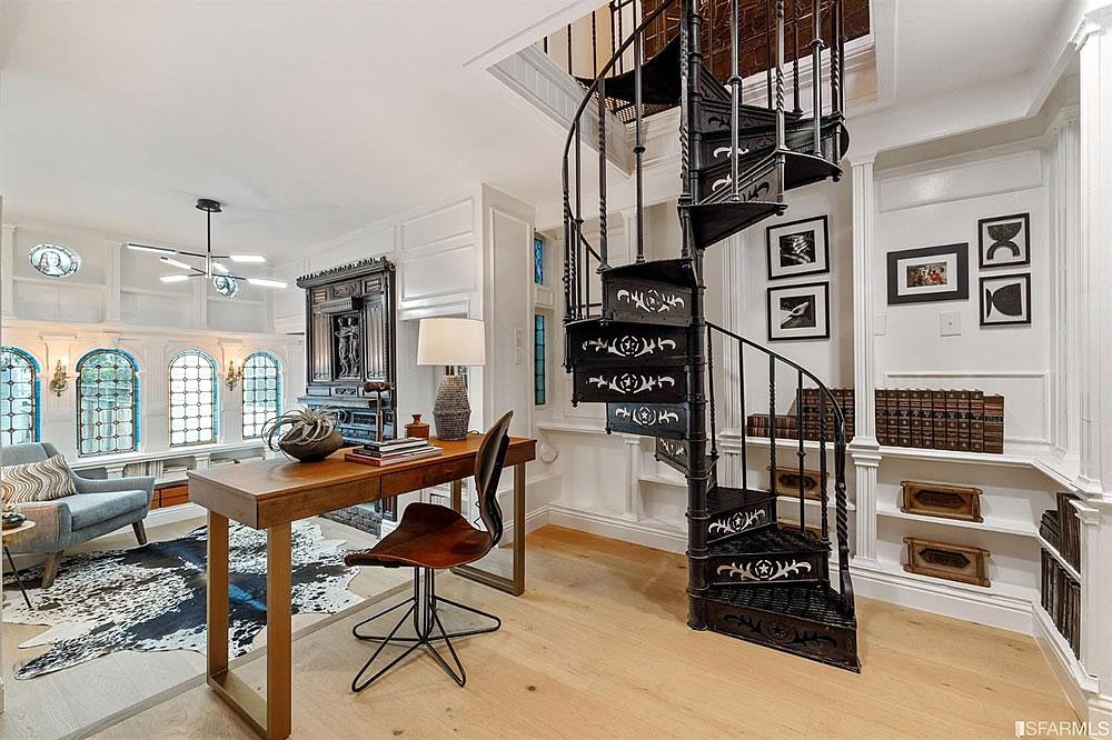 253 States Street 2021 - Stairs