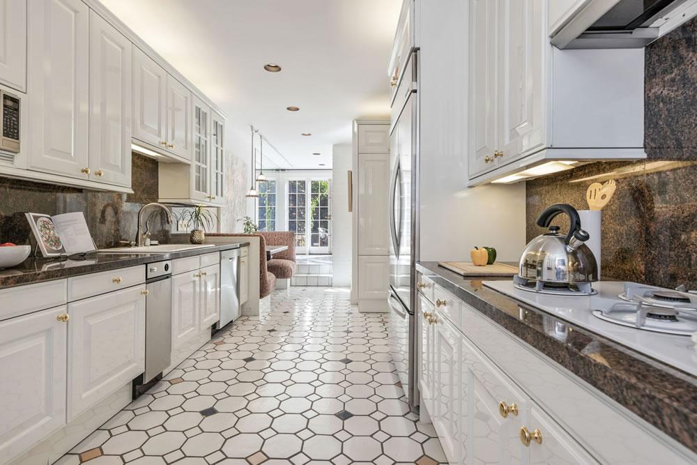 2727 Vallejo Street - Kitchen
