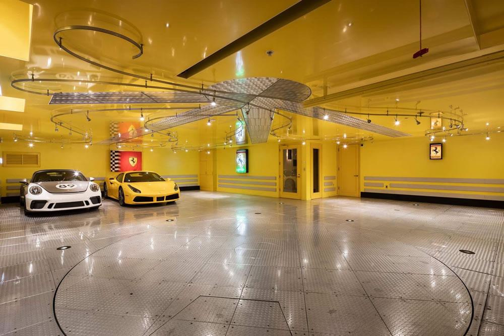 2590 Green Garage