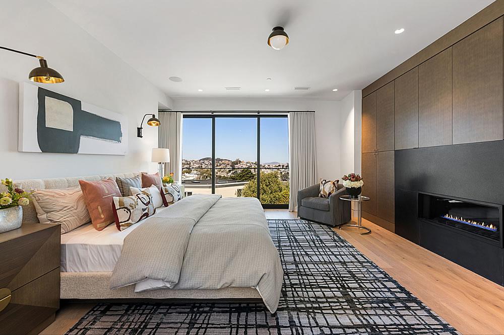 645 Duncan 2021 - Bedroom