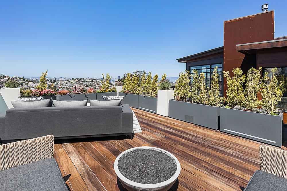 645 Duncan 2021 - Roof Deck 2
