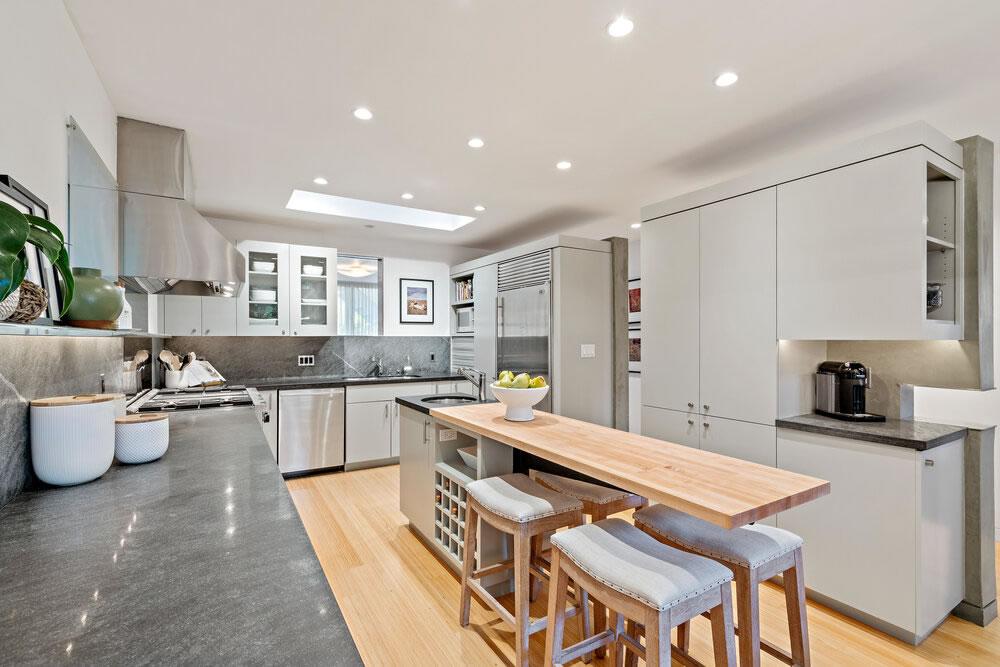 3526 19th Street - Kitchen