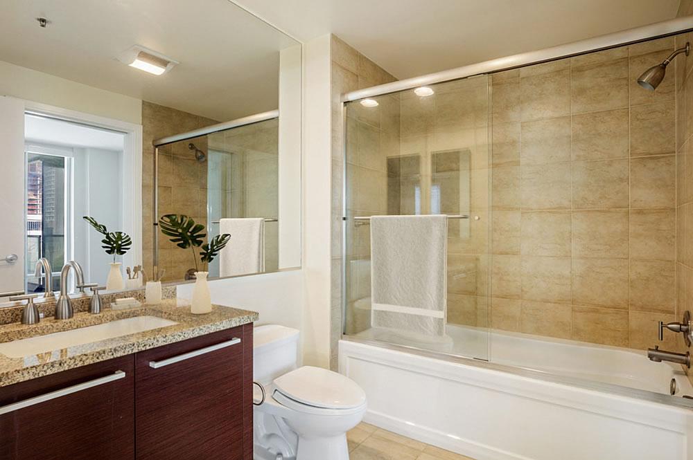 425 1st Street #807 - Bathroom