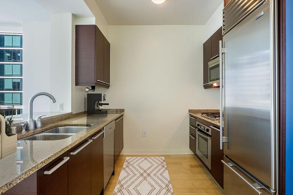 425 1st Street #807 - Kitchen