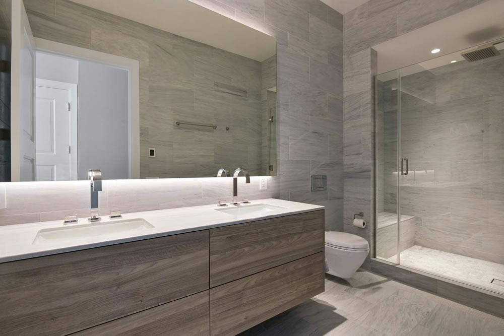 2121 Webster #503 - Bathroom