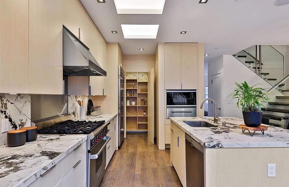 680 Douglass Street - Kitchen Detail